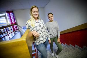 Louise Persson och Julia Björklin Wolff, går tredje året på samhällsprogrammet på Torsbergsgymnasiet i Bollnäs.