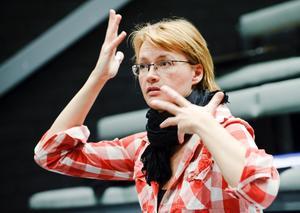 Maria Löfgren slutar efter fyra år som konstnärlig ledare för barn- och ungdomsteatern vid Teater Västmanland.