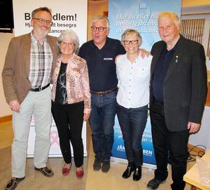 Glada informatörer från vänster: Sven-Bertil Bengtsson, Astrid Ward, Lennart Lindow, Agnetha Jervhed och Gunnar Ersbo.   Foto: Stig Wahlberg