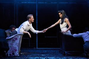 Kärleksparet: Fredrik Lycke (Tony) och f d gävlebon Sanna Gibbs (Maria) i West Side Story.