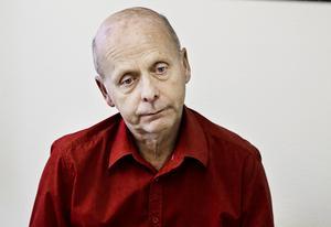 Kåge Wallner företräder Miljöpartiet i Hudiksvall. Men det tog lång tid innan han valde att engagera sig politiskt, dels på grund av jobbet, dels innan han hittade ett parti han trivdes med.