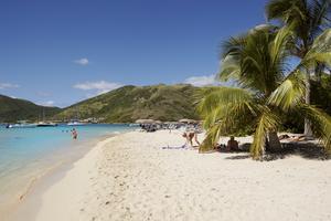 St Martin är en av de destinationer man kan resa till vintern 2014.