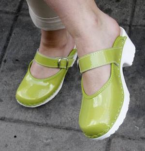 Limegröna härliga skor som är perfekt i det gröna. Finns på Eurosko, kommer ifrån Inga From Sweden, 699 kronor.
