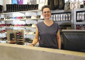 Marie Skyttner hoppas att fler butiker ska tillgänglighetsanpassas.