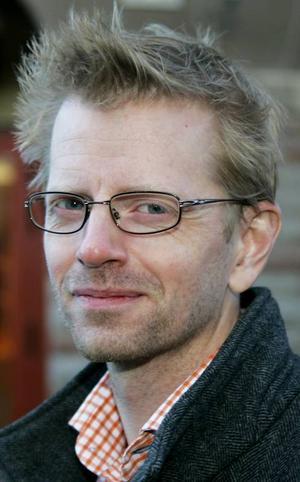Mikael Andersson,39 år, Östersund:– Nja. Det är ofta som jag tappar samtal och det är ofta som folk inte kommer fram till mig, trots att jag bor mitt i stan. Det var likadant med min förra telefon.