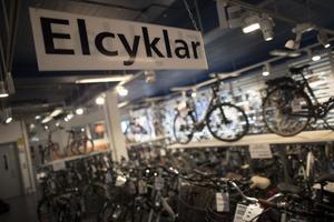 Elcykelmarknaden växer. Det har lossnat rejält för elcyklarna i Sverige.