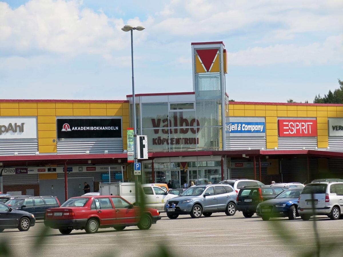 a5817330702e Klädbutiken Dea Axelsson i Valbo köpcentrum har begärts i konkurs