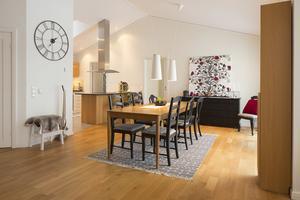 Öppen planlösning. Huset är på 161 kvadrat. Foto: Tobias Nykänen, Husfoto