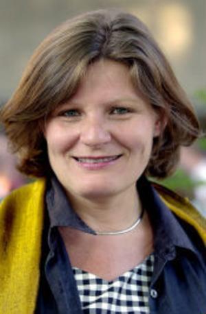 Cecilia Uddén: får inte kritisera Bush i radio.