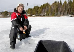 Stig Olsson, från Fåker, är med i Brunflofiskarna.