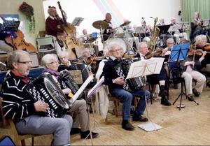 Veteranorkestern spelar på Sandviken på söndag.Foto: Håkan Luthman