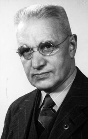 Ernst Blom, fotograf i Västerås.