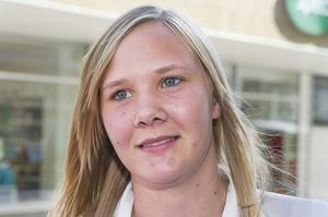 Kajsa Hansson, Mellansel: – Jag spelar fotboll tre gånger i veckan.