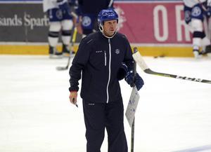 Målvaktstränaren Jonas Levén.