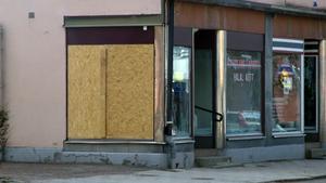 Köttbutiken och utsattes för inbrott och skadegörelse.