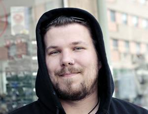 Daniel Söderström, 32 år, livsnjutare, Gävle– Nej, var emot innan och nu är jag ännu mer emot.