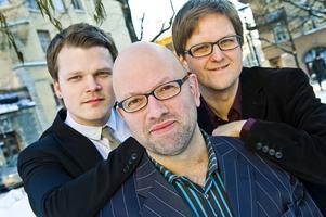trio. Karl Olandersson, Ali Djeridi och Andreas Hellkvist i jazzgruppen Trinity är med i satsningen Jazzify, som sprider jazz till nya grupper.
