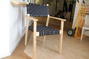Ett 100-tal av dessa stolar köptes in till Sunnangårdens samlingssal. Men frågan om det var rätt modell för de gamla.