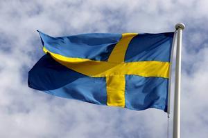 Vi känner stor glädje över att Östersunds kommun i dag tilldelas tillgänglighetsutmärkelsen Flaggan för städer och kommuner för alla. Det är en internationell utmärkelse som delas ut av Design for All Foundation, som har sitt säte i Barcelona, skriver Stefan Karlsson, hotellägare  och ordförande Visit Östersund, Susanne Norman, direktör regionala flygplatser och ordförande Destination Östersund och Mona Modin Tjulin (S), ordförande Miljö- och samhällsnämnden