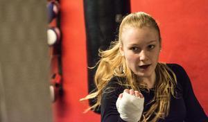 Elise Saulescu, BK Swing