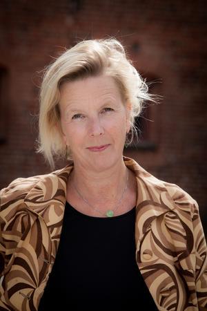 Oline Stig är författare och kritiker, främst känd för sina noveller. Foto: Nille Leander