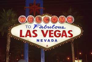 Den berömda Las Vegas-skylten har blivit en symbol för staden.