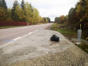 Länsväg 509 i riktning norrut vid Kjessmansbo. Färdiga fundament för kameror finns på sju platser längs vägen mellan Hedesunda och Gävle.