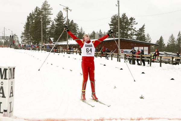 Arvid Jönsson från hemmaklubben korsade mållinjen som fyra i H13.
