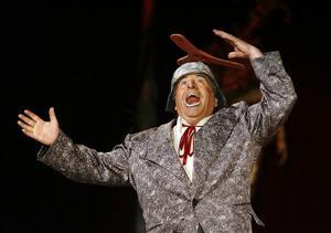 Clownen Francesco var flitigt framme och spexade till det. Han fick barnen att räkna högt till tio på engelska.