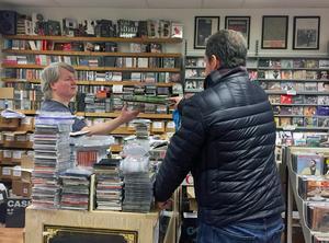 I trettio år har Borlängeborna köpt skivor på Folk å rock.