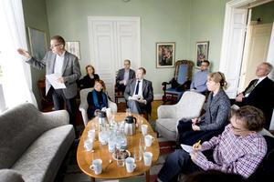 Vid en pressträff på onsdagen presenterade informationsdirektören Anders Wallin planerna för Sandviks 150-årsfirande nästa år.