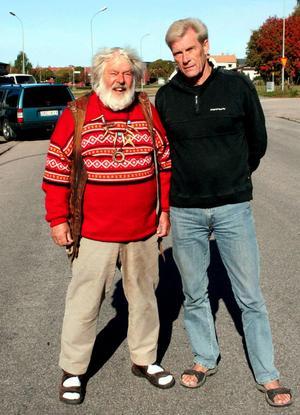 Två marknadsrävar i Malung, den rikskände korvhandlaren Vild-Hasse Bengtsson och marknadsgeneral Evert Ryen ser fram emot vårmarknadens nyordningar.