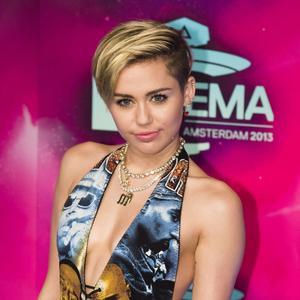 Miley Cyrus på plats vid MTV-galan i Amsterdam.