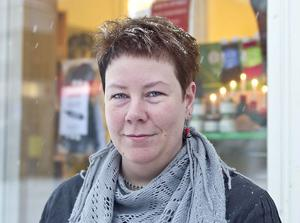 Maria Ström, 34, Delsbo:– Jag vet inte. Jag hade ingen aning om detta. Man lär sig nog det nya också, det blir en vanesak.