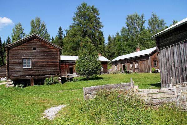 Ers-Matsgården i Hassela hade inbrott i september 2011 då flera kulturföremål stals.