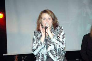 "SOLO. Johanna Norgren sjöng The Rembrandts ""I'll be there for you"", från tv-serien ""Vänner""."
