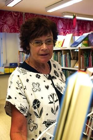 Svek. Vi har ökat utlåningen med 17 procent på Lingongårdens bibliotek. Det här är ett svek mot demokratin och det kommer att drabba de resurssvaga i samhället, säger bibliotekarie Kerstin van Bruggen.