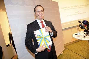 Överskottsmålets vän.  Företagarna menar att finansminister Anders Borg (M) på grund av överskottsmålet lägger en mager vårbudget.                                      Foto: Scanpix
