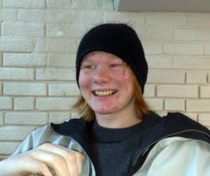 Patrik Johansen-Haglund, 16, Sveg, Funäsdalen på helger och lov.– Ja, när jag har pengar unnar jag mig lite extra. Burkarna är coola och det är gott att dricka.