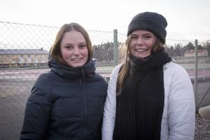 Stina och Emma Nilsson tycker att manifestationen är ett bra sätt att visa att man bryr sig.