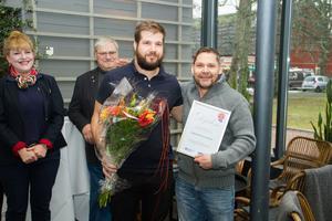 Petter Oscarsson, köksmästare, och Markus Johannisson, ägare och bagerimästare, tog emot matentreprenörspriset.