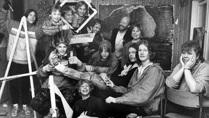 27 mars 1986. Det syns väl att vi skapar, säger entusiasterna, fr v sittande: Uhriel Fellmo, Marko Fagerström, Erik Källberg, Stefan Håkansson, Kristian Lundgren,