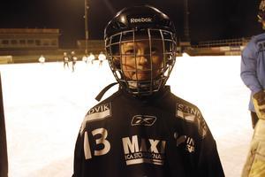 Gustaf Björk från SAIK:s U13-lag var en av de som blev positivt överraskade när Per Hellmyrs kom till träningen.