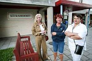 Foto: LASSEWIGERTOhållbart. Birgitta Göransson, Annelie Eriksson och Teresa Elgueta har tröttnat på vikarieproblemen inom äldreomsorgen. Annelie Eriksson arbetade på söndagen trots ledig helg.