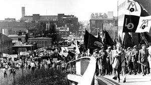 Första maj 1984. Känner du igen platsen som bilden är tagen från?