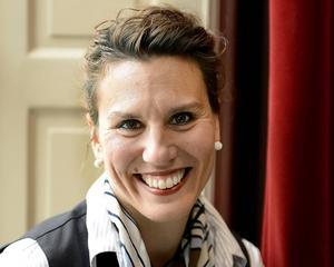 Kate Almroth, konsult