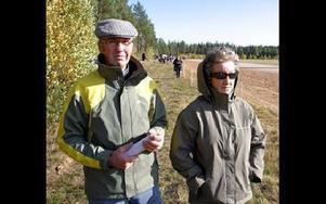 Första besöket. Bengt-Olof och Mary Jönsson, Dala-Floda, var på bygdetrav i Dala-Järna för första gången.FOTO: ERIC SALOMONSSON