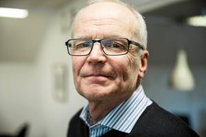 Sten-Inge Eriksson, personalchef i Malung-Sälens kommun, hoppas att bilfrågan för personalen vid hemtjänsten ska vara löst till våren