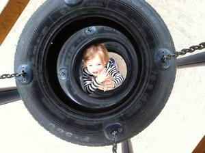 Min systerdotter My 3,5år och togs när vi var ute i lekparken.