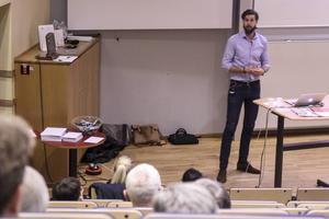 Projektledaren Marcus Ulvefeldt informerade och svarade på frågor om IP Onlys planerade utbyggnad av fiber i Söderhamns kommun.